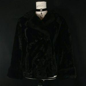 Jackets & Blazers - Gorgeous black gothic faux fur coat